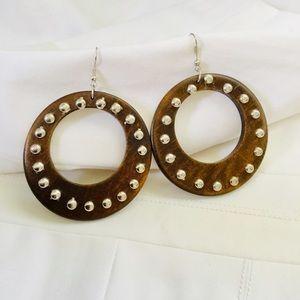 Jewelry - 🎇WOOD STUDDED EARRINGS 🎇